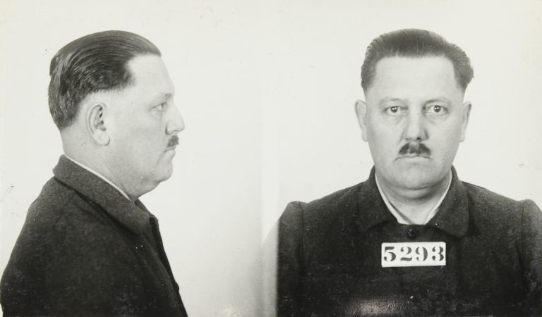 Two prisoner mugshots of Fred Burke, one from the side and one straight on. His prisoner number shown is 5293.